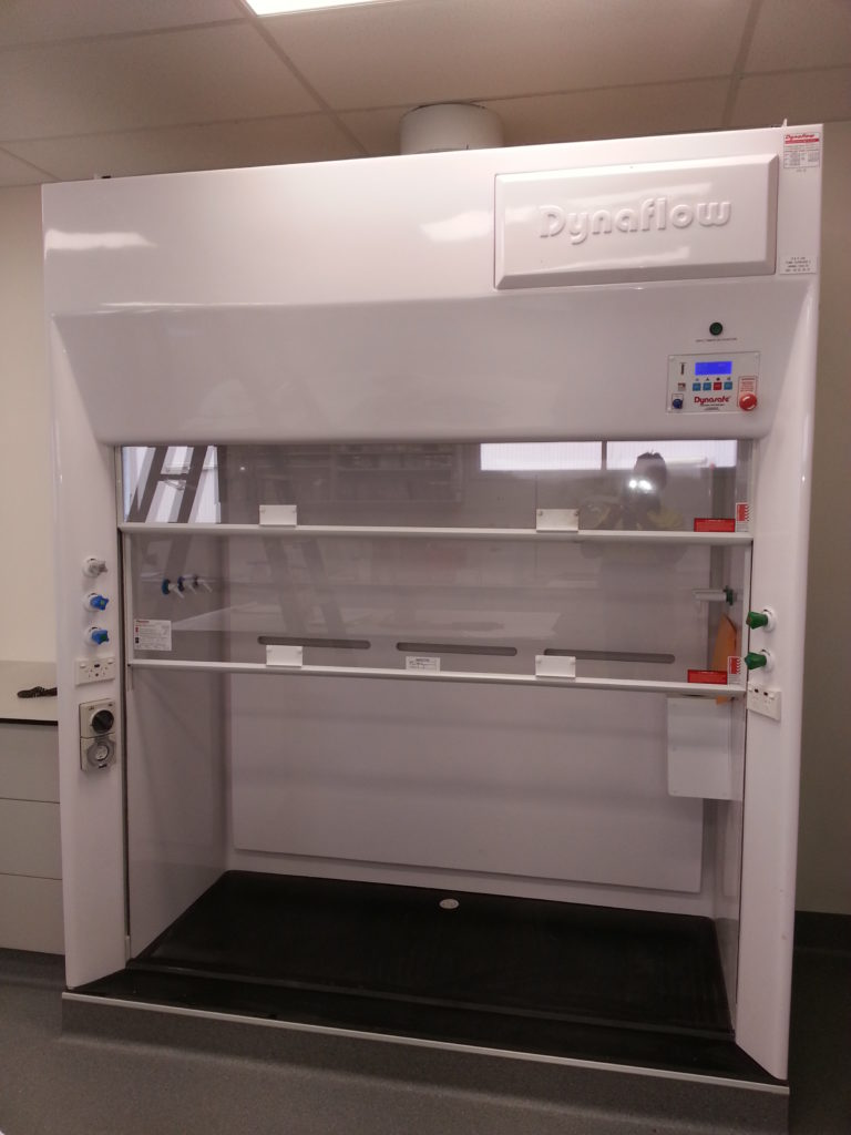 Dynaflow Ducted Fume hood WIN (walk in)