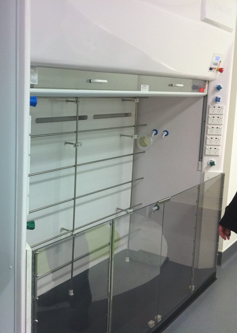 Dynaflow Ducted Fume Hood WIN (walk in) Wollongong Uni